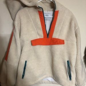 NWT URBAN OUTFITTERS FLEECE